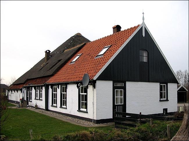 Hallerweg 33 Den Burg Stolpboerderij