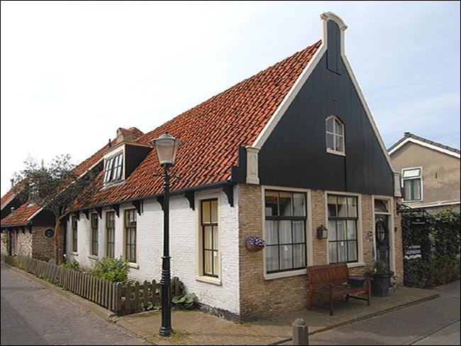 Kogerstraat 11 Den Burg Woonhuis
