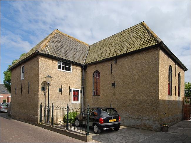 Peperstraat 26 Oosterend Kerk
