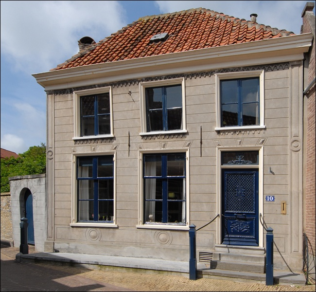 Zwaanstraat 10 Den Burg Woonhuis